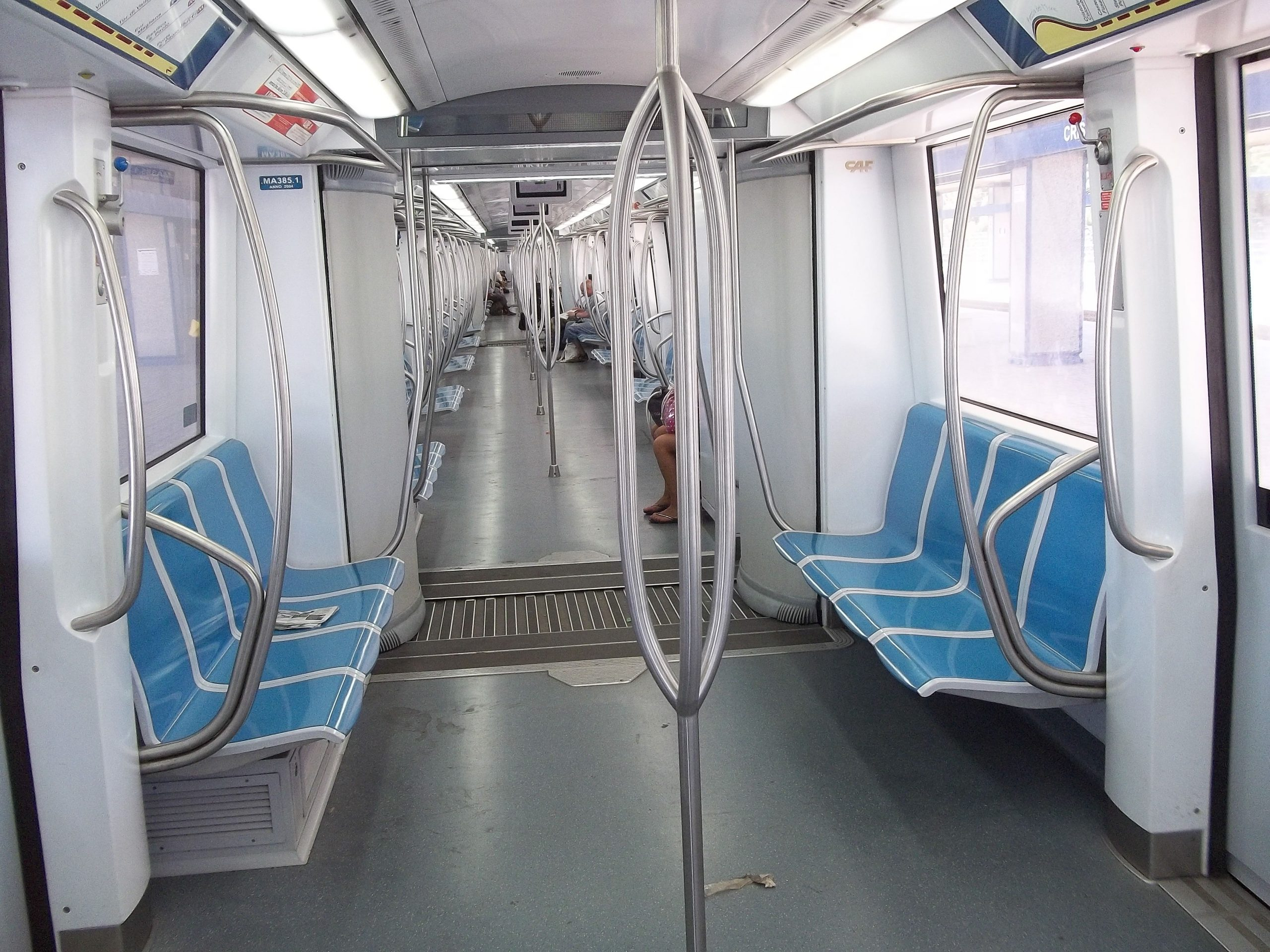 Treno, Metro, Roma